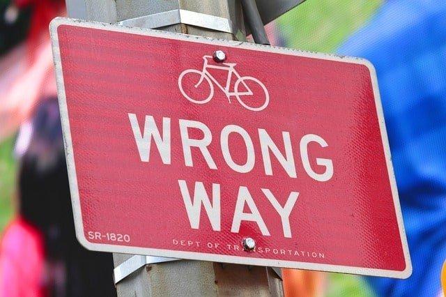 wrong-way-429723_640