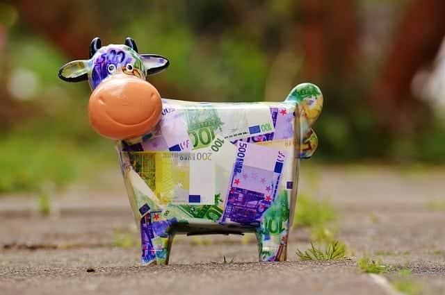 piggy bank millennials